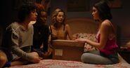 KK-Promo-1x05-Song-for-a-Winters-Night-23-Jorge-Pepper-Josie-Katy