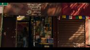 KK-Caps-1x02-You-Cant-Hurry-Love-33-Chubbys-Record-Shop