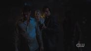 RD-Caps-3x22-Survive-The-Night-56-Archie-Betty-Jughead-Veronica