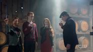 Season 1 Episode 9 La Grande Illusion Penelope, Jason, Cheryl and Cliff Blossom family