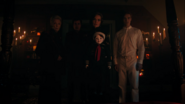 RD-Caps-4x06-Hereditary-19-Nana-Rose-Clifford-Penelope-Julian-Jason