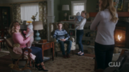 RD-Caps-2x15-There-Will-Be-Blood-31-Alice-Juniper-Chic-Dagwood-Betty-Polly