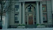 Season 1 Episode 9 La Grande Illusion The Pembrooke