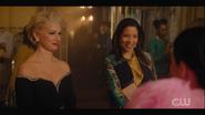 KK-Caps-1x13-Come-Together-100-Gloria-Francesca