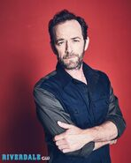 RD-S2-Luke-Perry