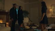 RD-Caps-2x09-Silent-Night-Deadly-Night-96-Hiram-Hermione-Veronica