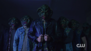 RD-Caps-2x05-When-a-Stranger-Calls-34-Sweet-Pea-Southside-serpents