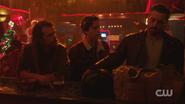 RD-Caps-2x09-Silent-Night-Deadly-Night-46-Tall-Boy-Jughead-FP