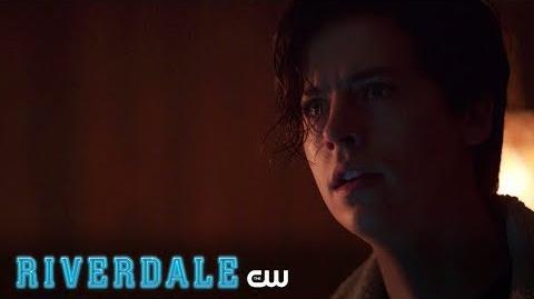 Riverdale Stunning Critics Trailer