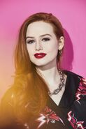 RD-S4-Getty-Images-Comic-Con-Portraits-2019-Madelaine-04