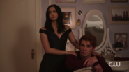 RD-Caps-2x05-When-a-Stranger-Calls-56-Veronica-Archie