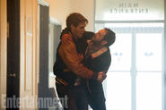 Riverdale Season 2 First Look Fred and Archie