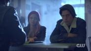 RD-Caps-2x03-The-Watcher-in-the-Woods-139-Toni-Jughead