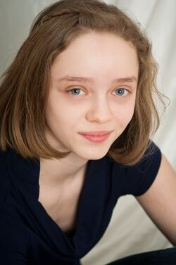 Madeleine Arthur.jpg