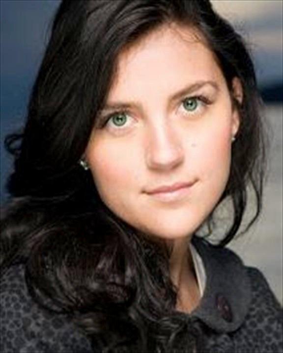 Isis Isabella Amarano