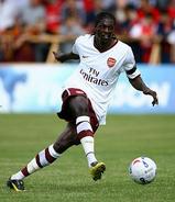 Emmanuel Adebayor ficha real madrid final temporada cedido