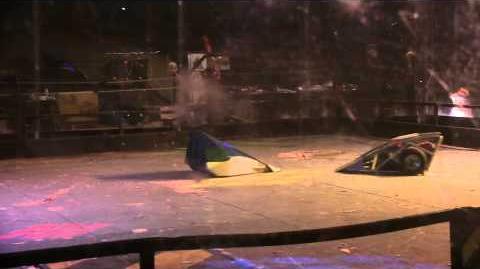 The_2014_UK_HW_Championships_-_Semi-Final_2_Manta_vs_Beast