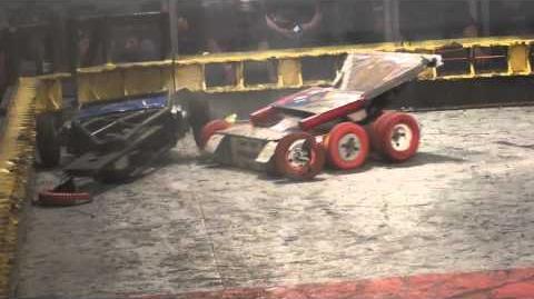 Sewer Snake vs Last Rites RoboGames 2011