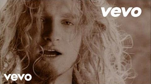 Alice In Chains - Man in the Box (Official Video)-3
