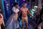 Staz-Nair-in-The-Rocky-Horror-Picture-Show-2016-161026-08