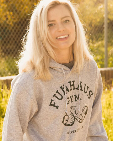 Elyse Willems The Rooster Teeth Wiki Fandom View lawrence sonntag's profile on linkedin, the world's largest professional community. elyse willems the rooster teeth wiki