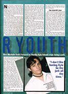 Starlog issue 280 Nov 2000 pg065