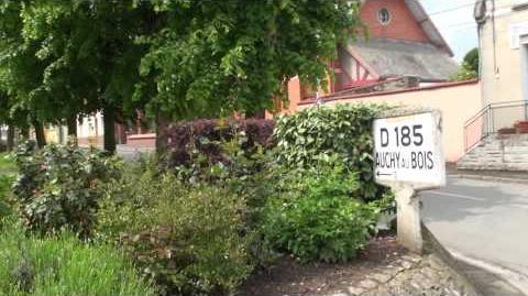 Plaque et poteau Michelin à Lieres D91 D185 (Autre vue)