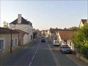 La D741 à la Villedieu du Clain