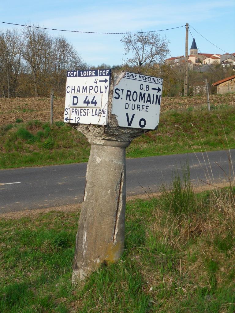 Route départementale française D44 (42)