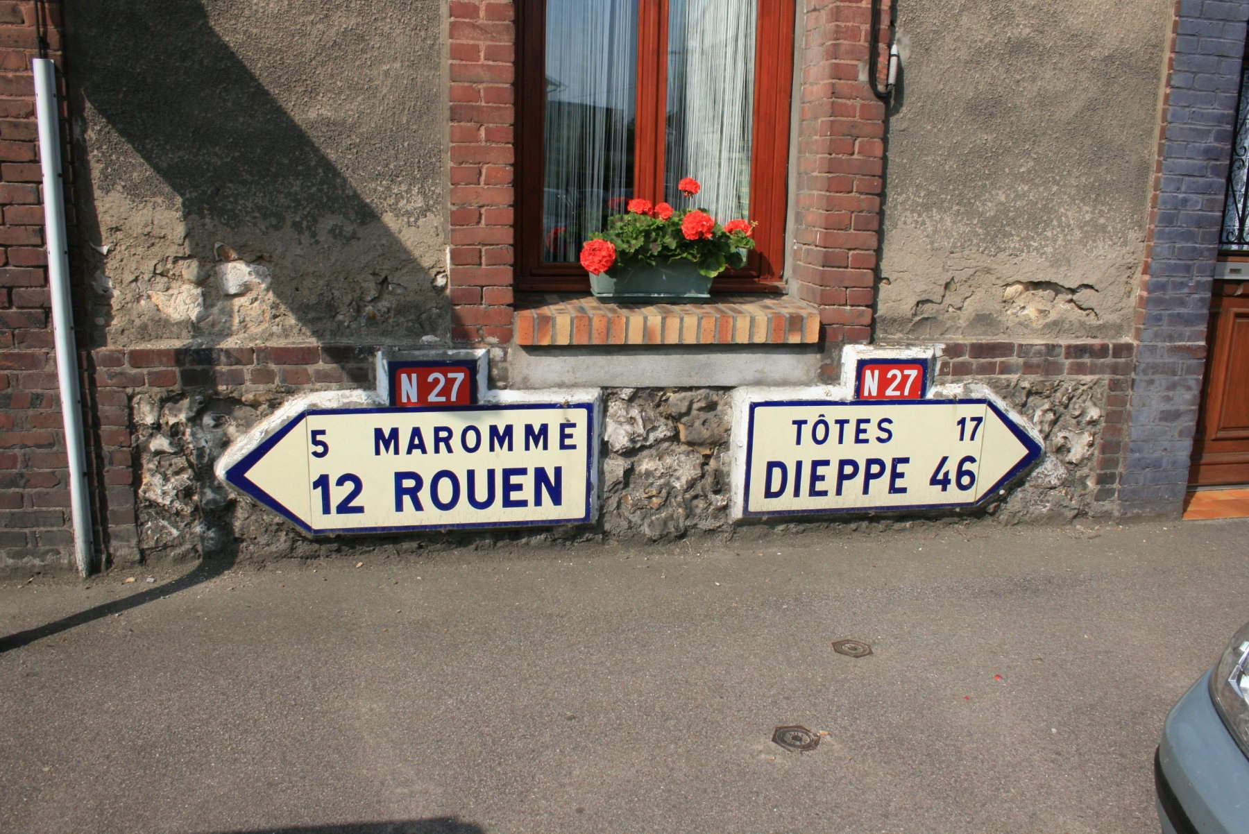 Route nationale française 27