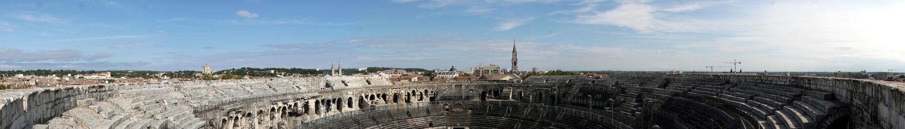Bannière Nîmes.jpg