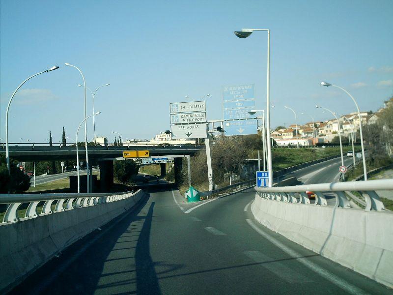 Route départementale française D4c (13)