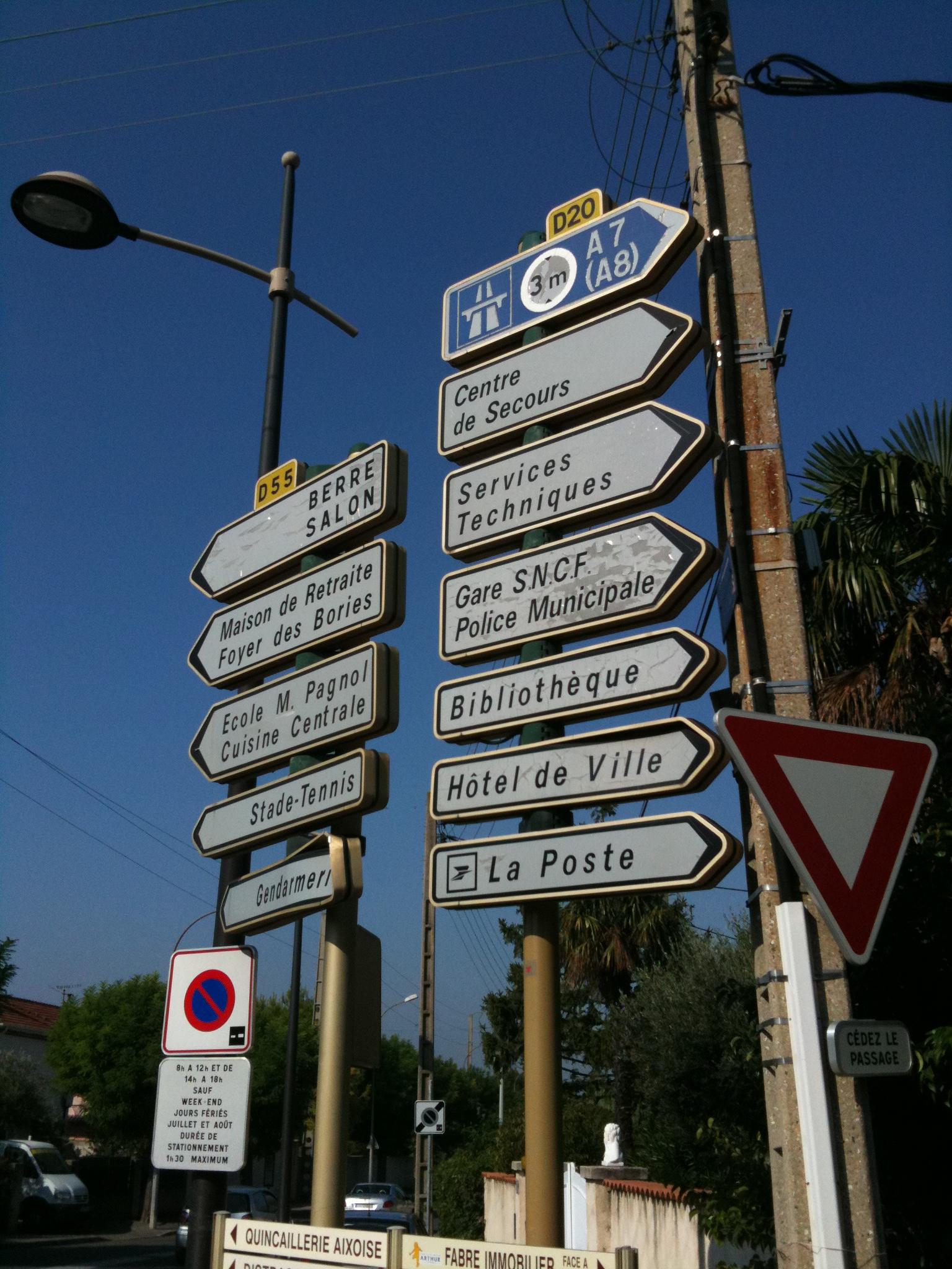 Route départementale française D20 (13)