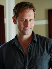 Jeffrey Nordling.png