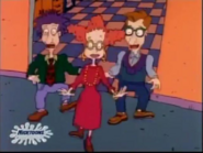 Rugrats - Fluffy vs. Spike 299