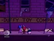Rugrats - Chuckie's Wonderful Life 157