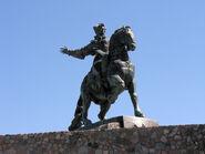 800px-Памятник Елизавете Петровне