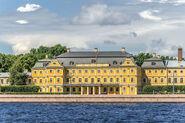 800px-Menshikov Palace in SPB 01