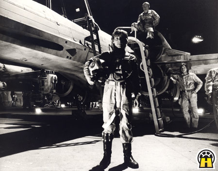 Luke X-wing A New Hope.jpg