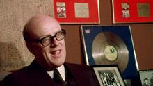 Archie Macaw-0.jpg