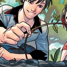 RWBY DC Comics 1 (Chapter 2) Qrow gives Ruby a hint what weapon Summer used.jpg