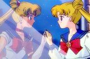 Serena y Sailor Monn R