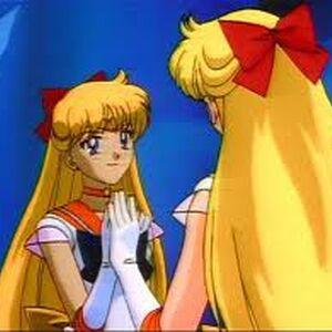 Sailor Venus viendose en un Espejo.jpeg