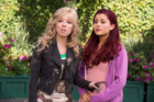 Sam and Cat in the Pilot.png