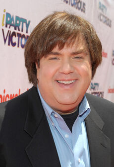 """Dan Schneider for """"iParty with Victorious"""".jpg"""