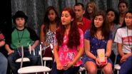 Sam and Cat Texting Competition Sneak Peek 2
