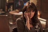 Sanctuary Amanda Tapping as Dr. Helen Magnus