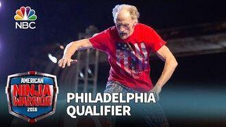 John_Loobey_at_the_Philadelphia_Qualifier_-_American_Ninja_Warrior_2016