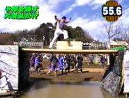 SASUKE 7's Yureru Hashi