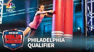 Michelle_Warnky_at_the_Philadelphia_Qualifier_-_American_Ninja_Warrior_2016